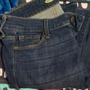 Old navy rockstar jeans size six long .